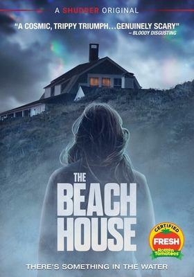 The beach house Book cover
